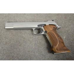 Pistolet SIG SAUER P210...