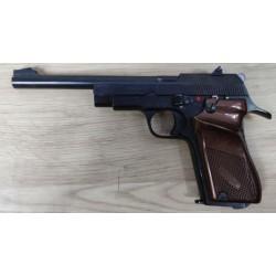 Pistolet UNIQUE Modele D6...
