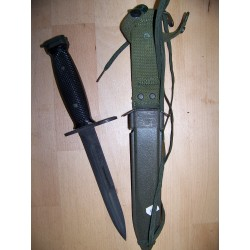 Baïonnette Colt M16